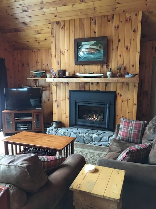 moose lake chat rooms We are going in at moose lake entry point september 3rd will be spending 7  days and 6 nights group of seven plus one black lab beginners.