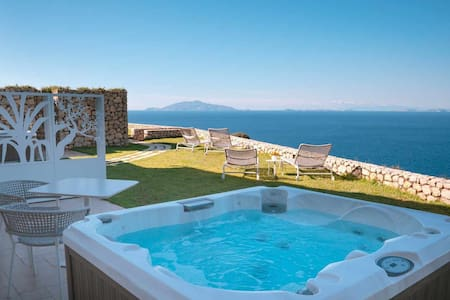 Villa D'Alessandro apartment & hot Jacuzzi