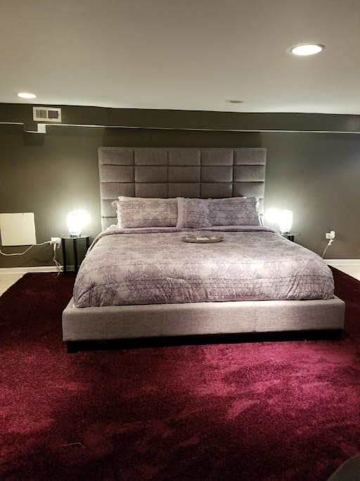 Private Plush memory foam king size mattress.quality linen also,VERY POPULAR WITH GUESS!