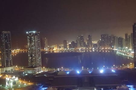 2 bdr on top floor (40th)-sea view-Whole Apartment