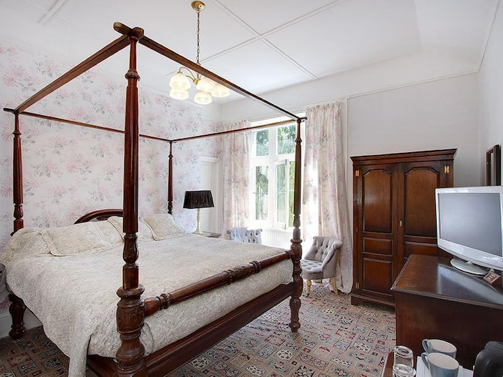 Double Room Luxury at Hampsfell House Hotel