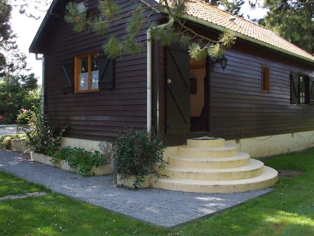 LE CHALET - Beaumerie-Saint-Martin - House