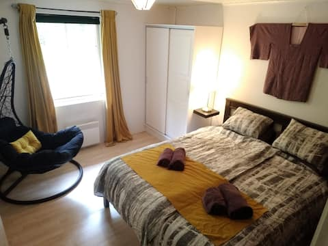 2-bed suite with bathroom and sauna in Fiskars