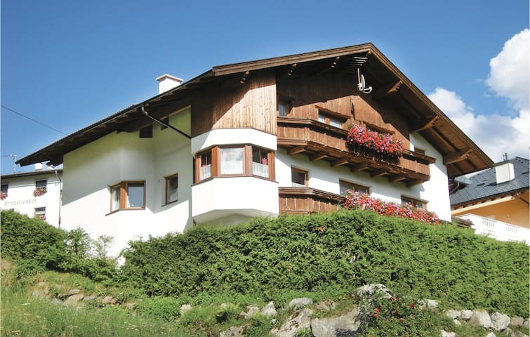 Holiday apartment with 2 bedrooms on 53m² in Kappl