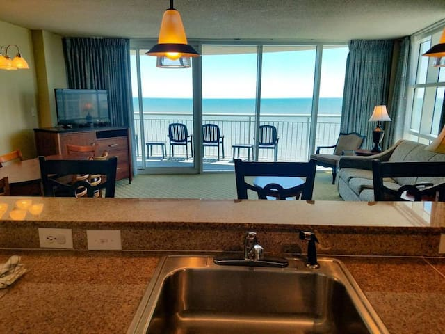 Oceanfront 2 BR/2BA Condo at Sandy Beach - 1612!