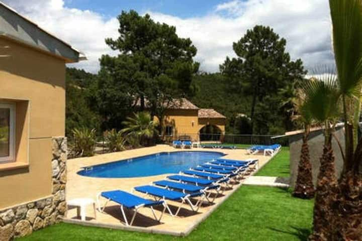 Finca Solimar, 19 PERS, large pool, sea view airco