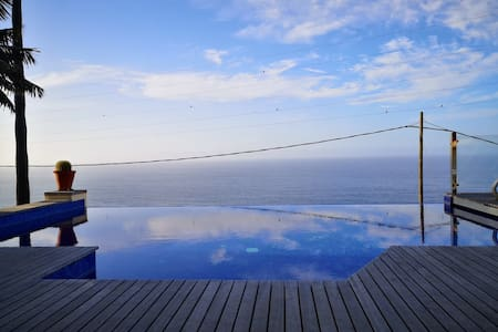 Luxury villa with infinity pool and 360 views