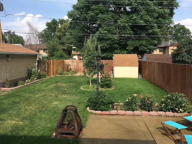 Charming Englewood 2 Bedroom