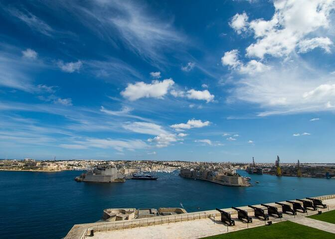 Cobblers-Inn   |   In VALLETTA