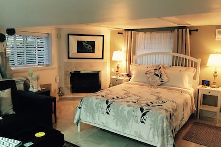 Carmo Place - Your Cozy Suite