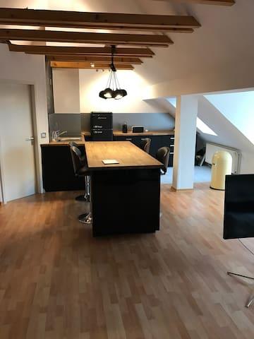 Loft in Hannover , Zentrale Lage - Hannover - Lägenhet