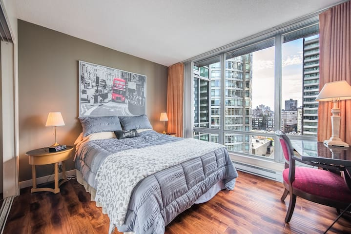 Relax in this luxury 1bedroom with a city view