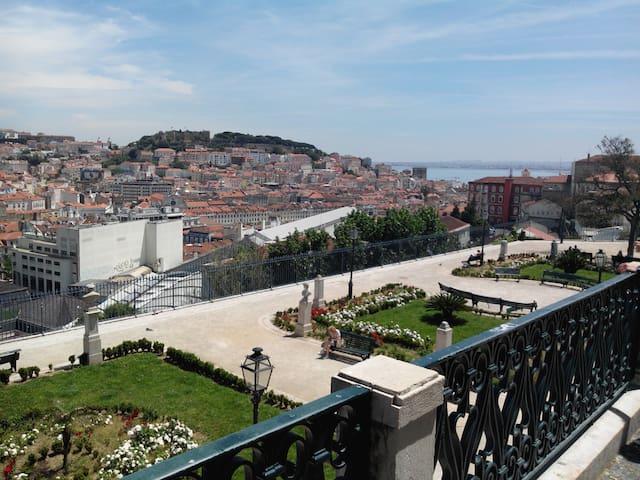 Lisbon Houses - Nossa Sra à Graça - Lisboa - Casa