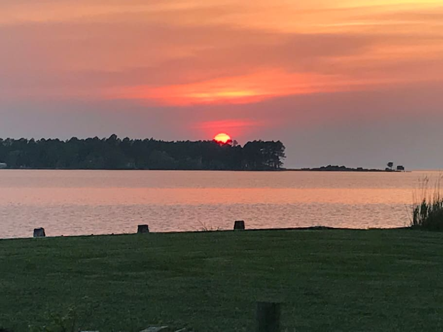 Sunset facing Mill Point