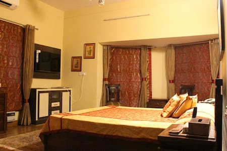 Peaceful Get Away - Haryana - Bed & Breakfast