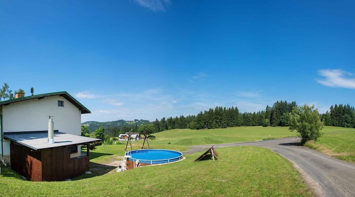 House for 13+1 pers with pool in Benecko R67051