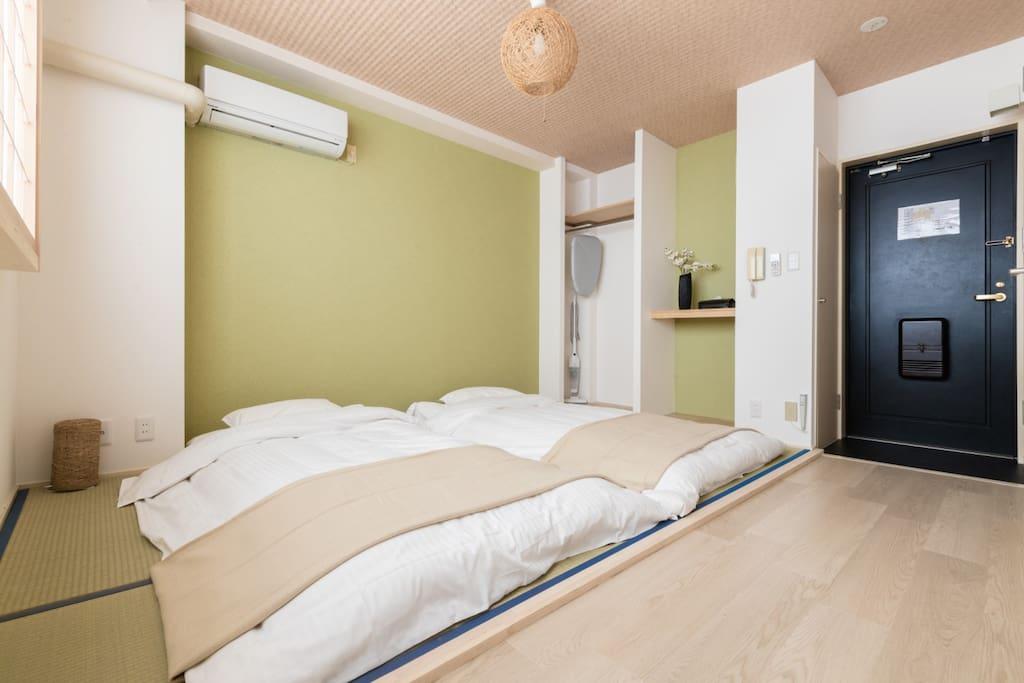 Japanese styled bedroom, Japanese futon set  房间卧室,日式榻榻米