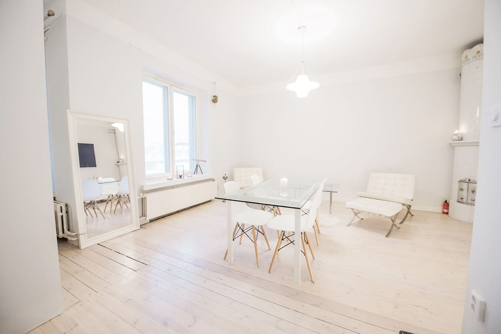 Living room full of light and design!  Perfect for meeting, business, living and relaxing.