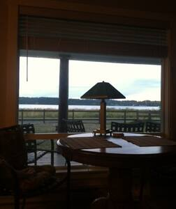 Cozy cottage, across street from the beach - Bellingham - Cabane