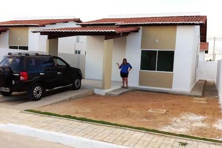 Excelente casa condomínio fechado - Parnamirim