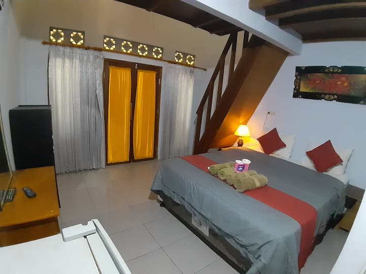 Family room in the middle of gili air/AC,HOT WATER
