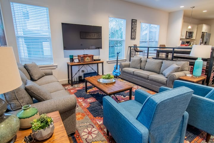 New Build for Groups and Singles In East Nashville