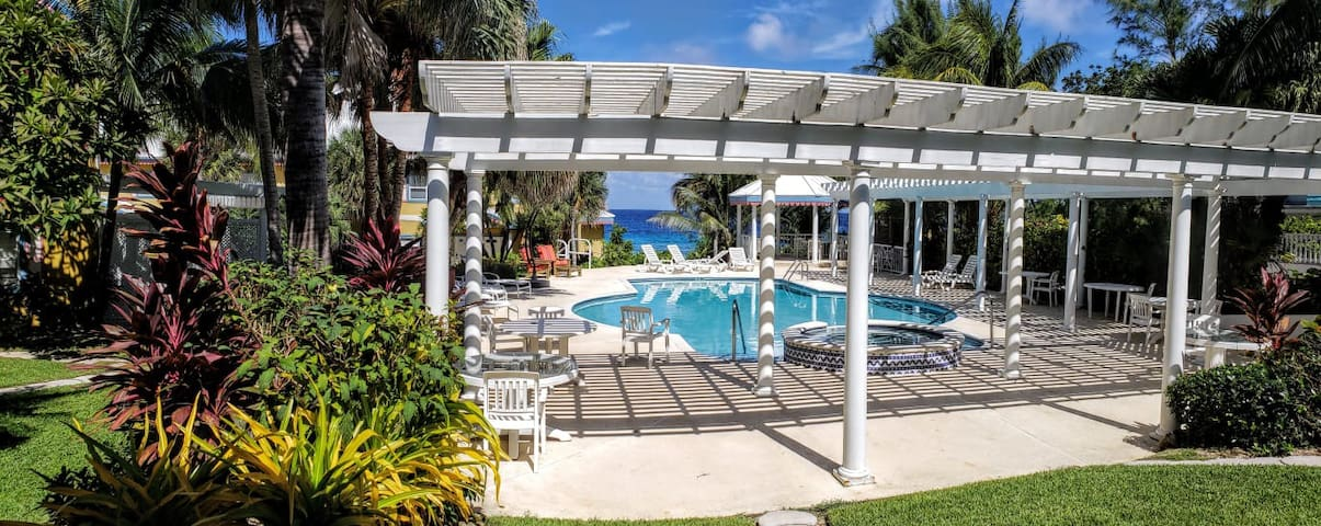 Oceanside Condo with Free Shore Diving