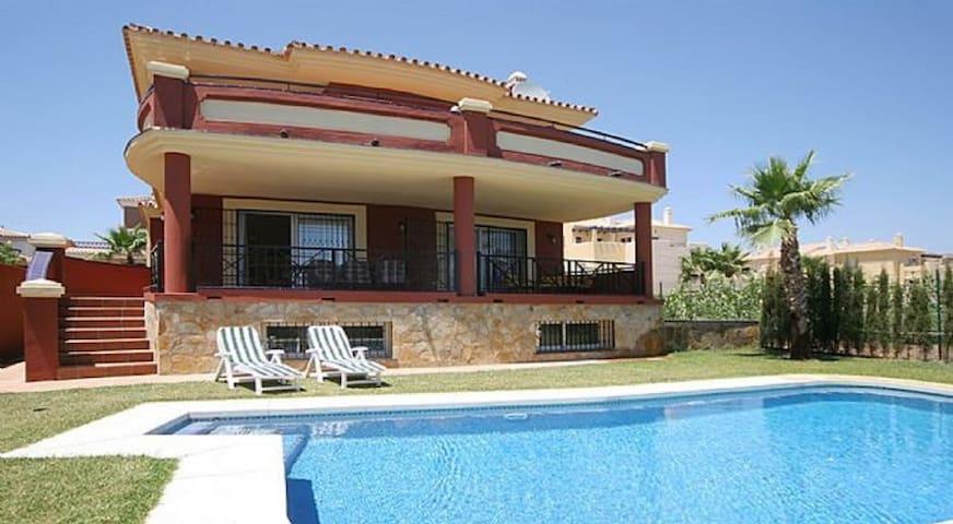 4 Bedroom Villa with Private Pool La Cala de Mijas - La Cala de Mijas - Villa