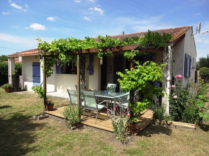 Holiday Villa in Cozes nr Royan, Talmont,Meschers
