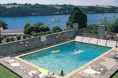 L2A, The Strand - Helford Passage