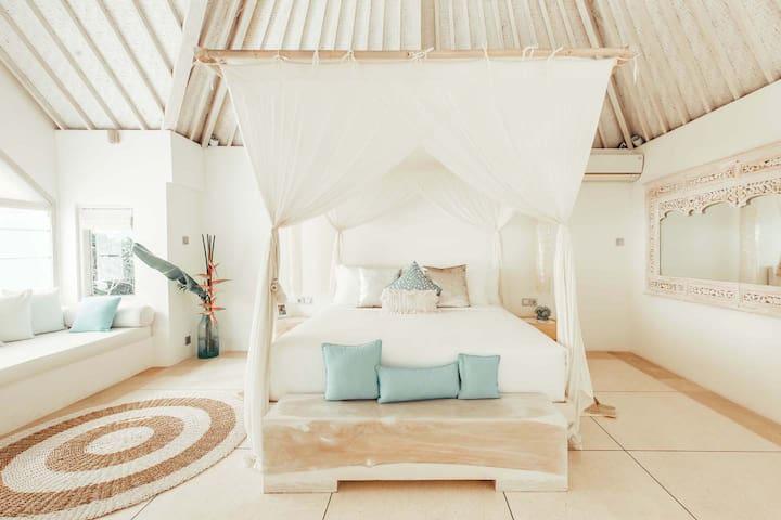 Stunning Designer Home-Anjali Suite