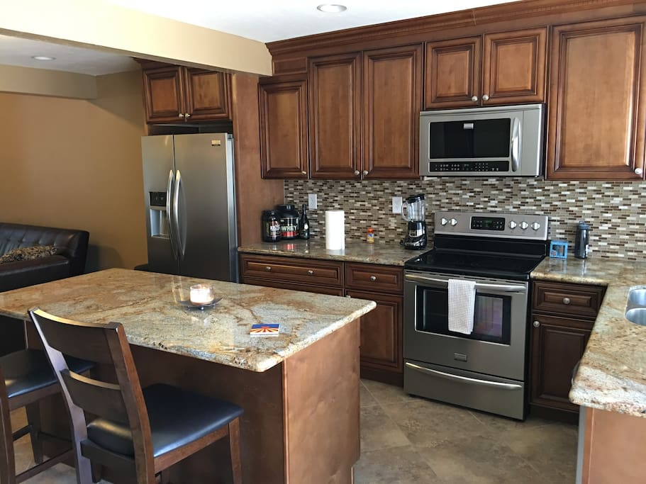 Great new kitchen with amazing appliances!