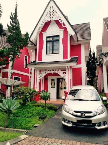 Villa at Kota Bunga Cipanas
