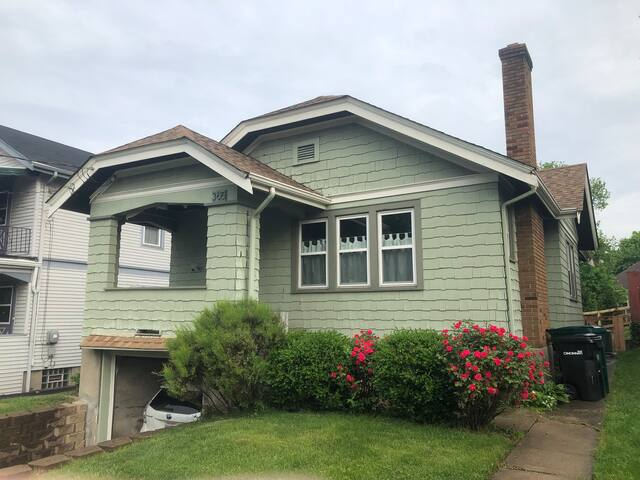 Cute 2 Bedroom House in Oakley