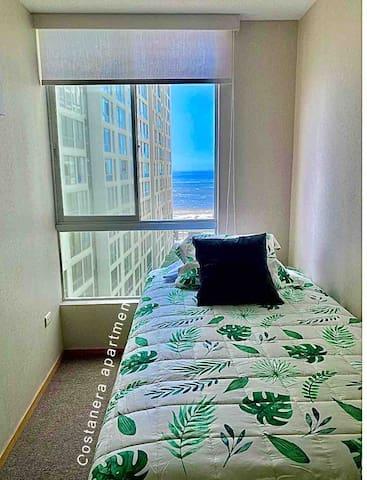 - (3er. dormitorio) Cama 1 1/2 plazas + cama de 1 plaza en la parte de abajo.  Cama litera.