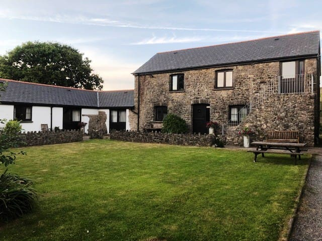 Windmill Farm Cottages - Vale Of Glamorgan