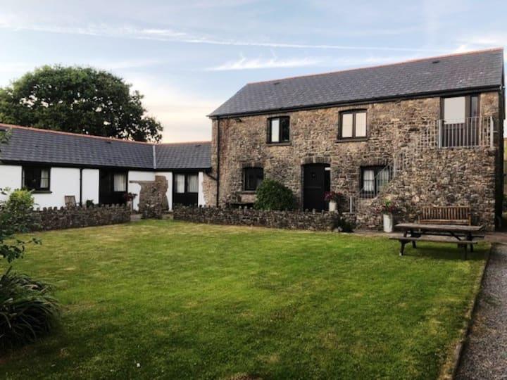 Windmill Farm Cottages - Vale Of Glamorgan