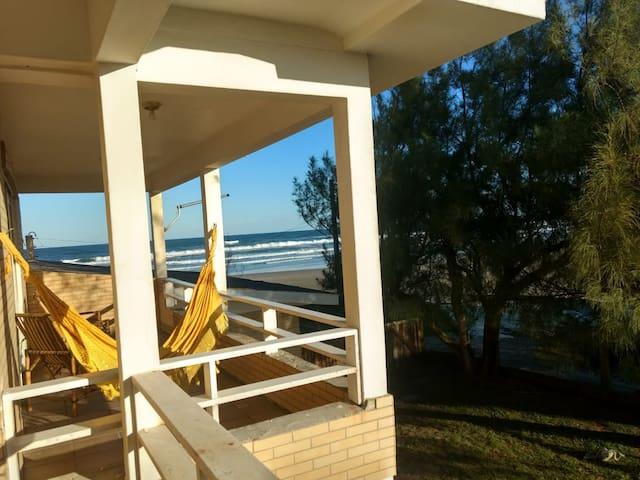 Suítes Beira Mar Capão da Canoa (Suíte 3/2º piso)