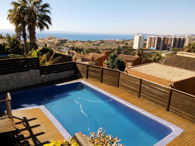 Private Loft with Pool & BBQ near Barcelona - Teià - Pension