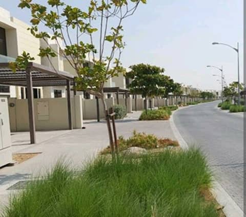 Dubai Expo 2021 4 bed rooms villa fully furnished
