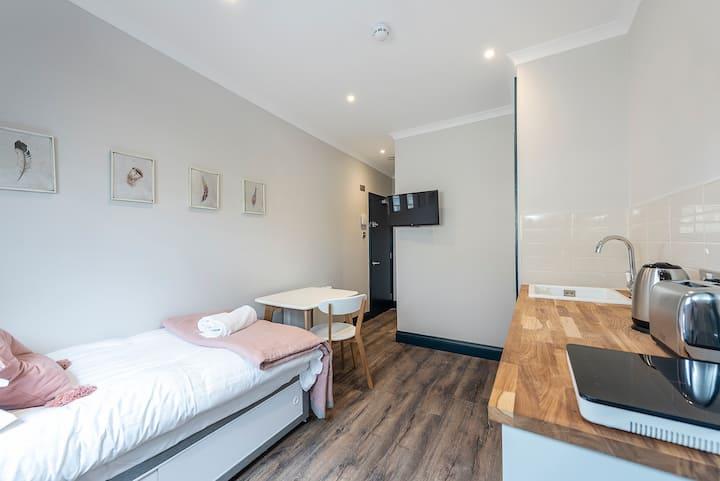 Terrific Notting Hill Studio