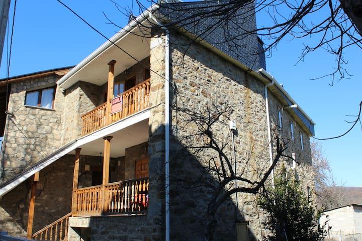 CASA SANABRESA - Galende - Talo