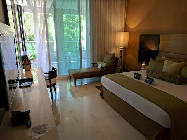 Grand category two bedroom suite