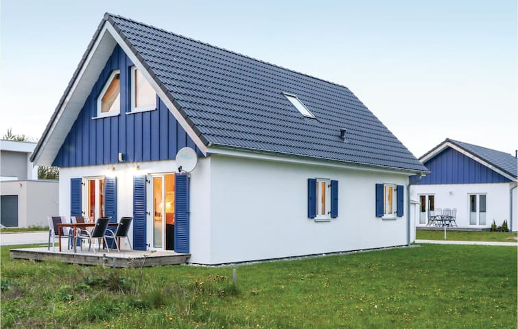 Holiday cottage with 3 bedrooms on 90m² in Altefähr/Rügen