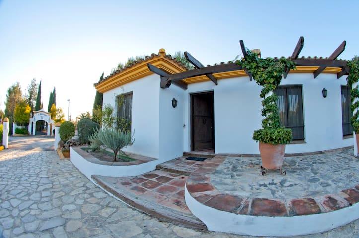 Casita rural en la Sierra de Grazalema - Villamartin - House