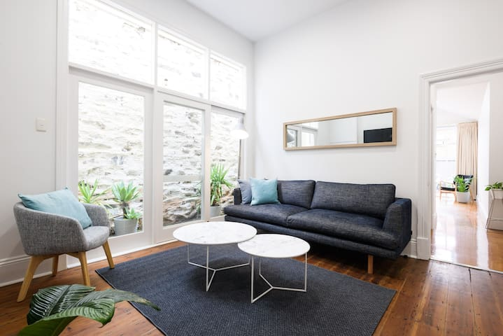 McLaren in the City - 2br Executive Cottage - Adelaide - Huis