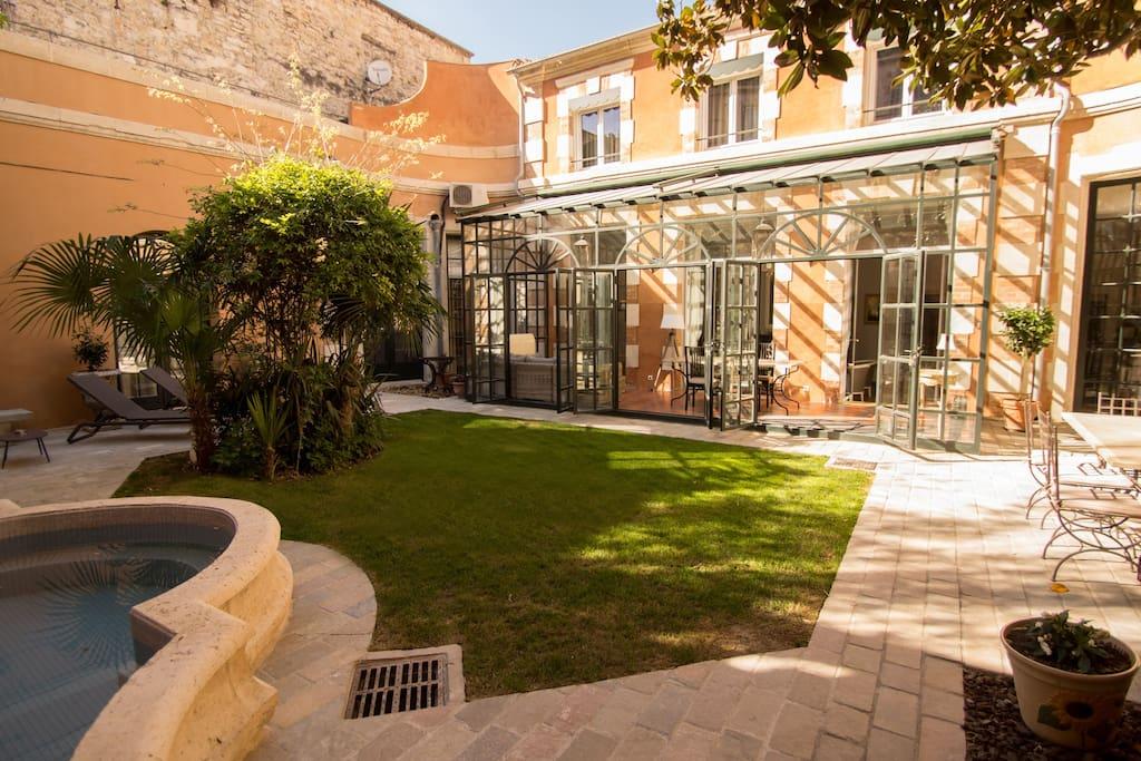 Chambre maison d 39 h tes au coeur d 39 avignon guesthouse for Avignon chambre d hotes