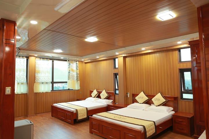 Gold Hotel - Vip Family Room