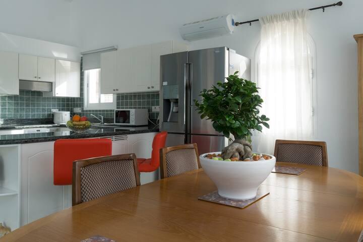 Beautiful Villa in Lower Peyia - Peyia - Casa