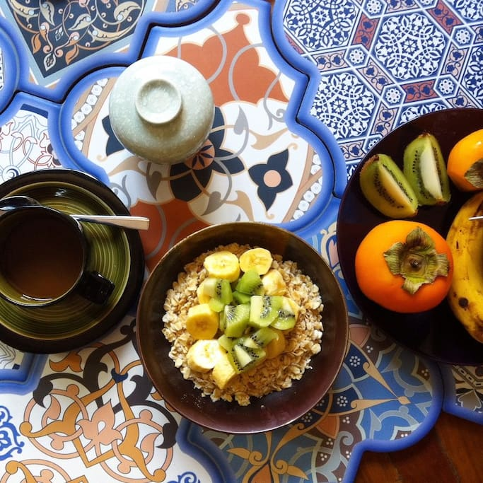 Light vegetarian breakfast is offered free of charge